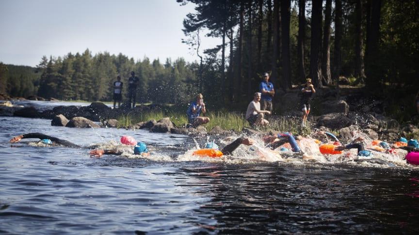 I helgen som var arrangerades bland annat Vansbro 10K, Vansbrosimningens ultralopp. Foto: Mickan Palmqvist