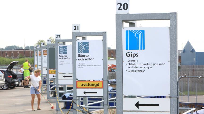 Välkommen till våra återvinningscentraler som vanligt - om du är frisk