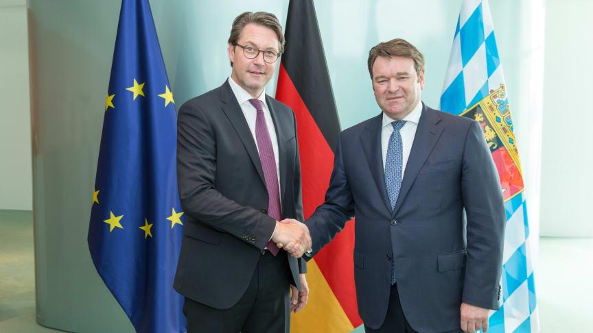 Andreas Scheuer (Transportminister) og Bram Schot (Midlertidig CEO hos Audi AG)
