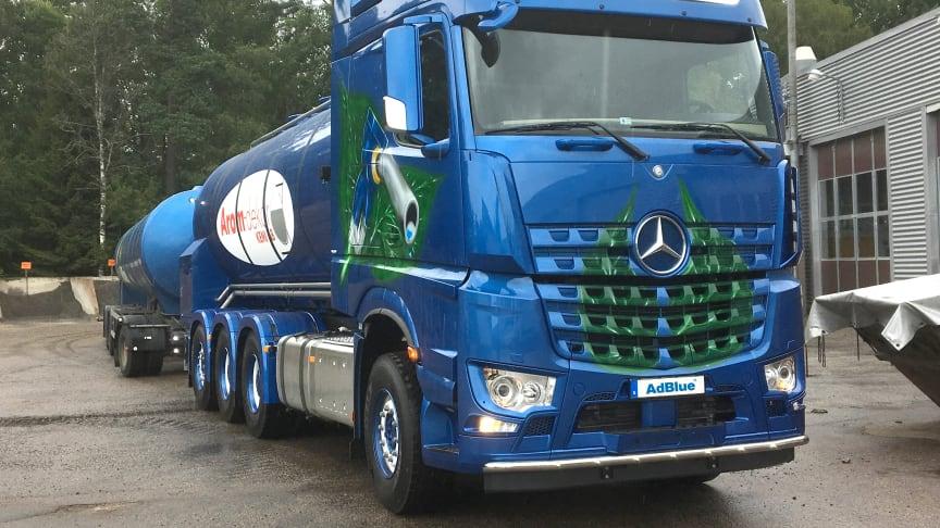 Senaste tillskottet av AdBlue®-bulkbilar hos Arom-dekro Kemi.
