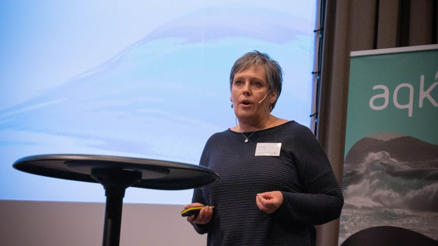 Åse Åtland under Aqkva 2020-konferansen i januar. (Foto: AqKva).