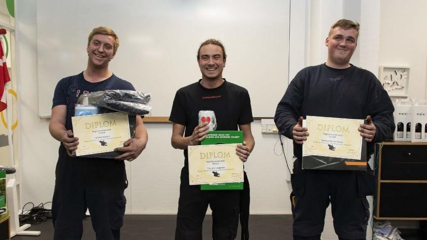 Mikkel (tv) har kvalificeret sig til DM i Skills. Her ses han sammen med 1. og 3. pladsen.