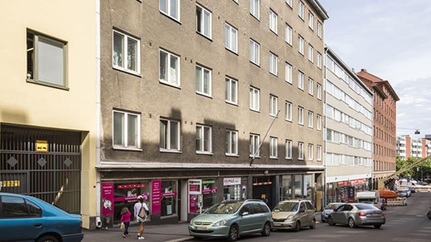 Kuvassa As Oy 3. linja 5 Helsingin Kalliossa. Kiinteistöön suunniteltiin ilmanvaihtoremontti linjasaneerauksen yhteydessä.