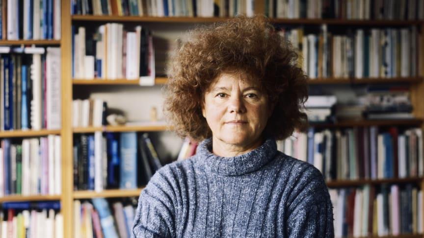 Joanna Rose, vetenskapsjournalist och författare, är en av årets hedersdoktorer vid Stockholms universitet. Foto: Kuba Rose