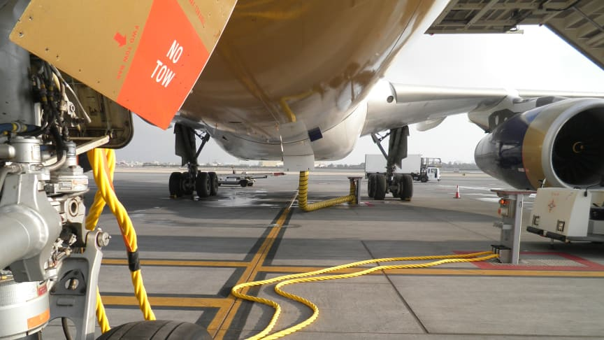 Uncluttered innovation: Cavotec's advanced GSE makes for safe, efficient aircraft servicing.