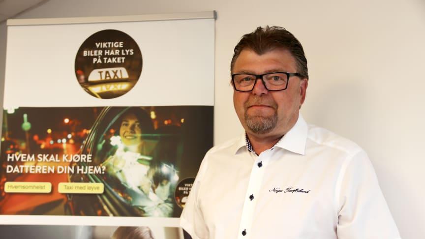 Vi ønsker å markere fredelig, og uten å ramme kunder, så aksjonen består i at alle drosjer kjører ut i dette tidsrommet, i sentrale deler av byer og tettsteder over hele landet, sier leder i Norges Taxiforbund, Øystein Trevland.