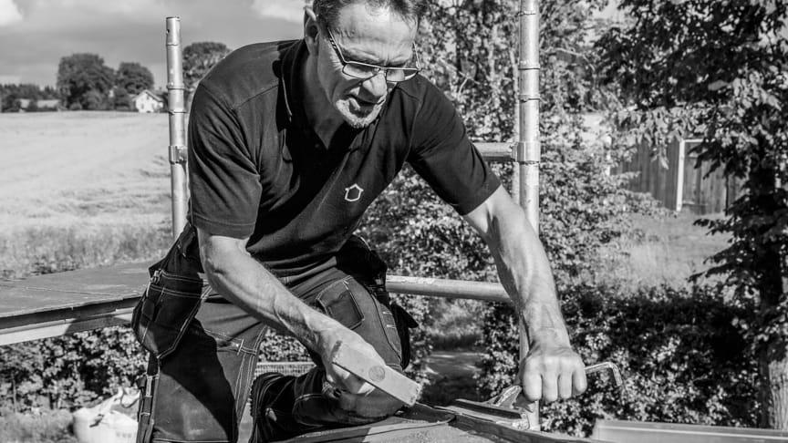 """Sahlbergs Tak är stolta över sitt hantverk. Med hjälp av ORSY sparar de tid, som de istället kan lägga på att göra det """"lilla extra"""" när de är ute på jobb."""