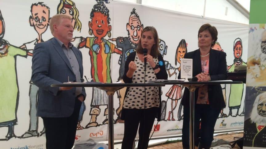 Karsten Suhr, Mette With Hagensen og Anni Matthiesen i dialog
