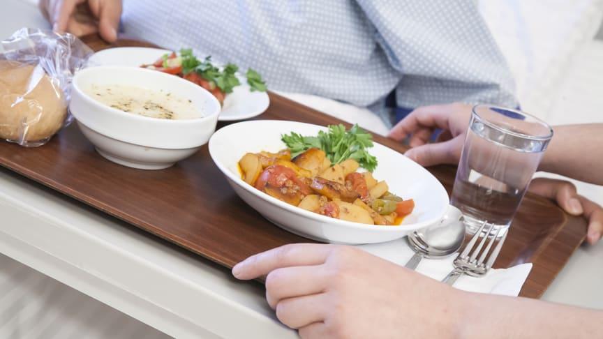 Mer ekologisk mat till patienterna i Linköping när Sodexo tar över måltiderna