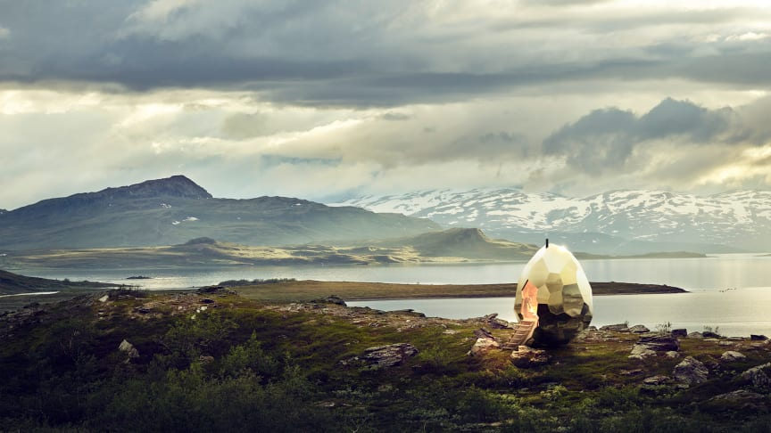 Riksbyggen överraskar Kiruna med äggformad bastu av konstnärerna Bigert & Bergström - Solar Egg