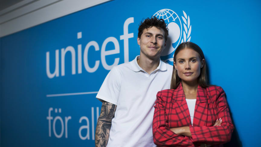 Victor och Maja Nilsson Lindelöf blir nya ambassadörer för UNICEF Sverige. Foto: Melker Dahlstrand
