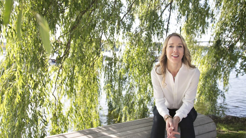 Jenny Runesson debuterar med spänningsromanen Tolken i april