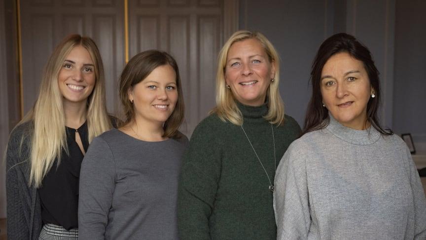 Rekryteringsgruppen består av Jenny Högblad (marknadskoordinator), Sandra Gunnarsson (gruppchef), Pia Hammarsten (rekryterare) och Helene Enström (rekryterare).