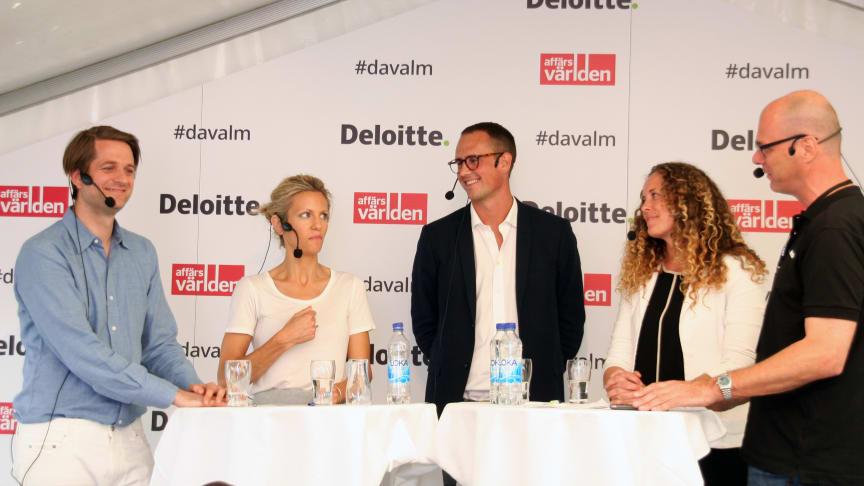 I panelen deltog Sebastian Siemiatkowski, vd Klarna, Anna Felländer,  Swedbank, Petter Hedborg, Modular Finance och Sofie Lundström, Toborrow. Moderator Jon Åsberg, Affärsvärlden