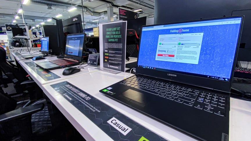 Även om inte lika många sitter och gejmar i Elgigantens butiker just nu är datorerna igång dygnet runt. Bild: Elkjøp Norgej