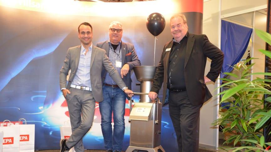 Bröderna LG och Paul Håkansson, tillsammans med LG:s son Michael Håkansson som i dag är företagets vd.