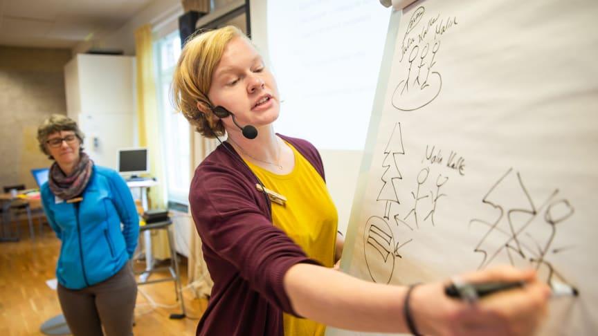 En av våra utbildare Julia Carlbäcker.