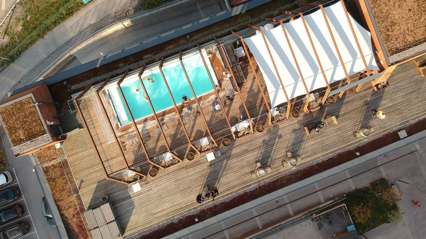 twh-rooftop-pool-drone-spring2019-1600x900