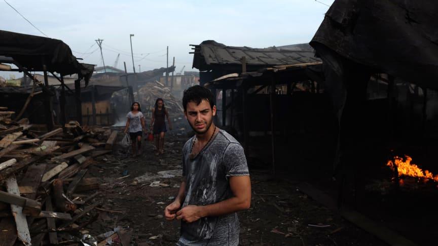 Darin Zanyar, artist och SOS Barnbyars ambassadör, i Manila i Filippinerna.
