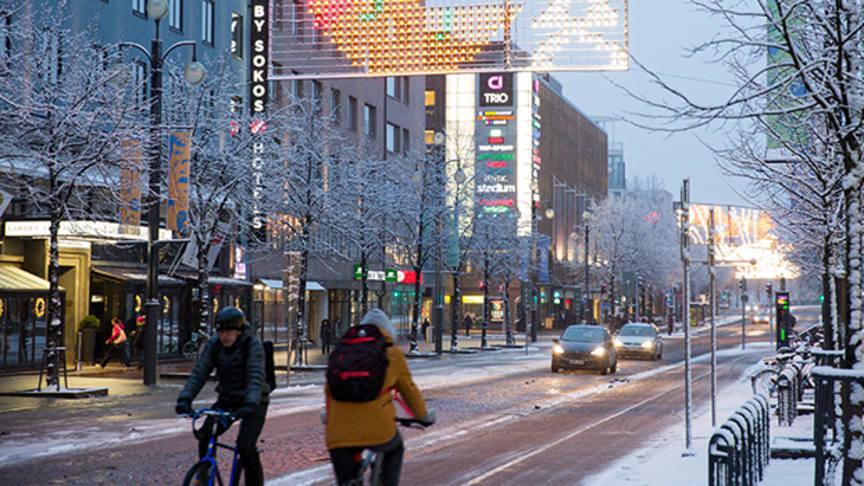 Lahdessa polkupyöräillään ahkerasti myös talvella. Kuva: Lahden kaupunki
