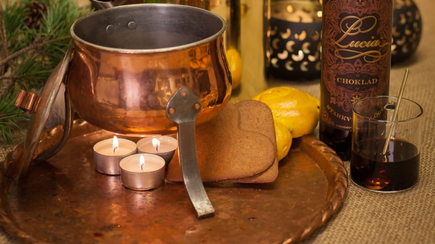 Lucia Choklad serveras ur gammalmormors glöggpanna - Lucia Choklad, 71 kr, nr 76504