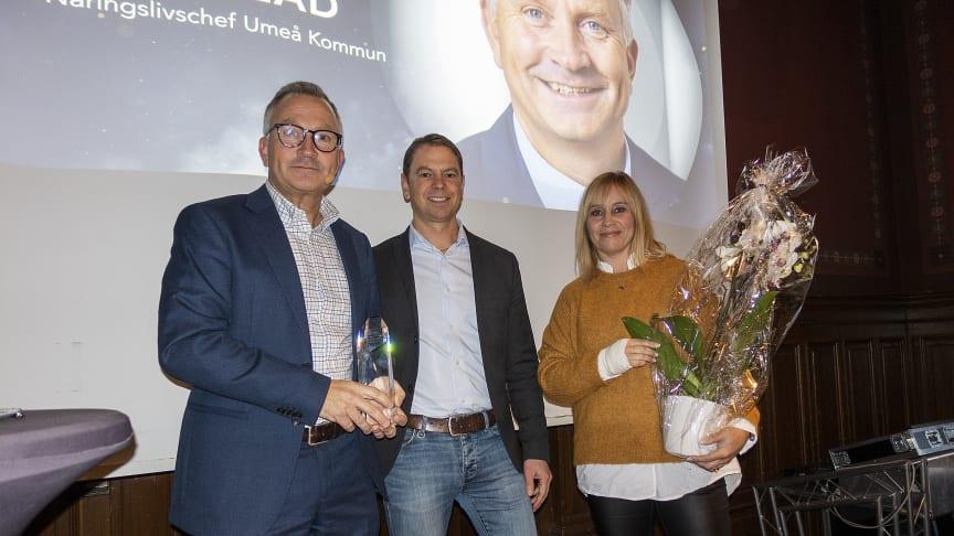Umeå kommuns näringslivschef, Peter Juneblad, hyllas som exceptionell ledare av David Carlsson och Susanne Waleij från Balticgruppen.