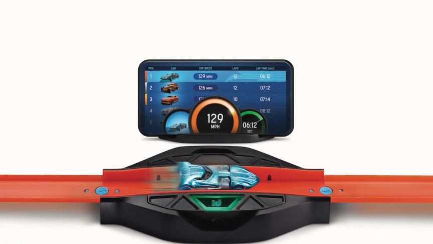 Hot Wheels id erweitert das meistverkaufte Spielzeug der Welt* um ein digitales Rennerlebnis