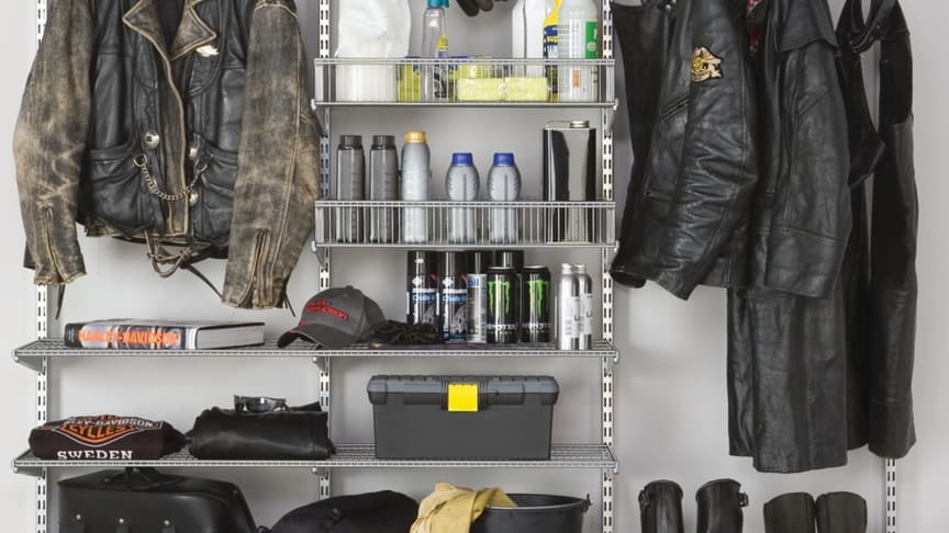 Elfa_Skapa mer plats för din hobby med smart förvaring i garaget.
