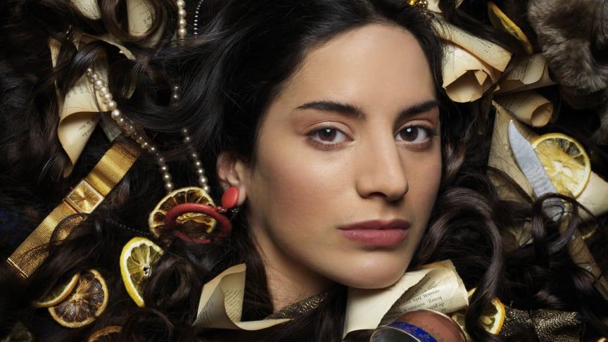 """""""Madame Bovary"""" i en ny dramatisering av Magnus Lindman får premiär på Folkteatern den 26 oktober."""