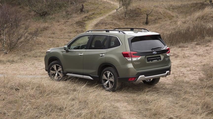 Subarun uusi Forester e-Boxer voitti kaksi kansainvälisesti arvostettua lehdistöpalkintoa.