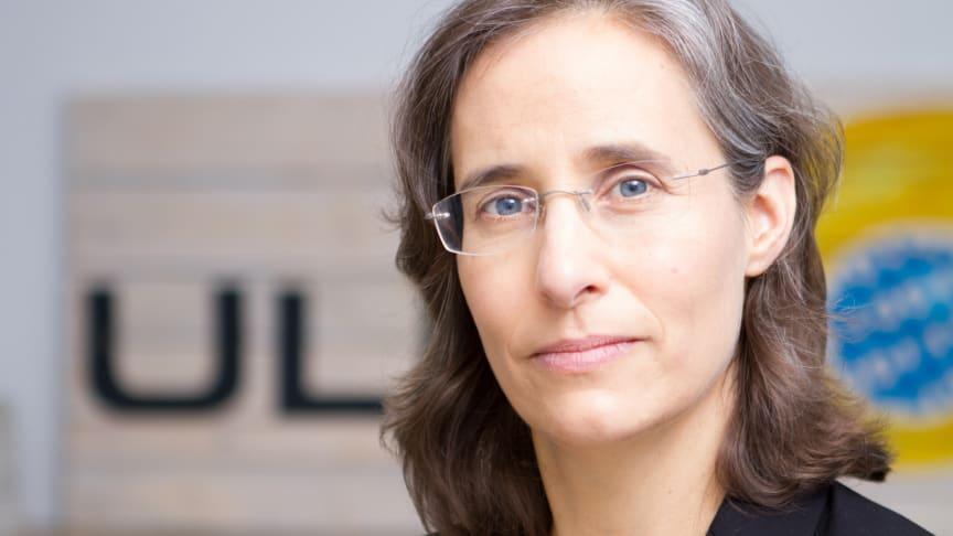 Marit Hansen, hedersdoktor vid fakulteten för hälsa, natur- och teknikvetenskap, Karlstads universitet 2020. Foto: Markus Hansen.