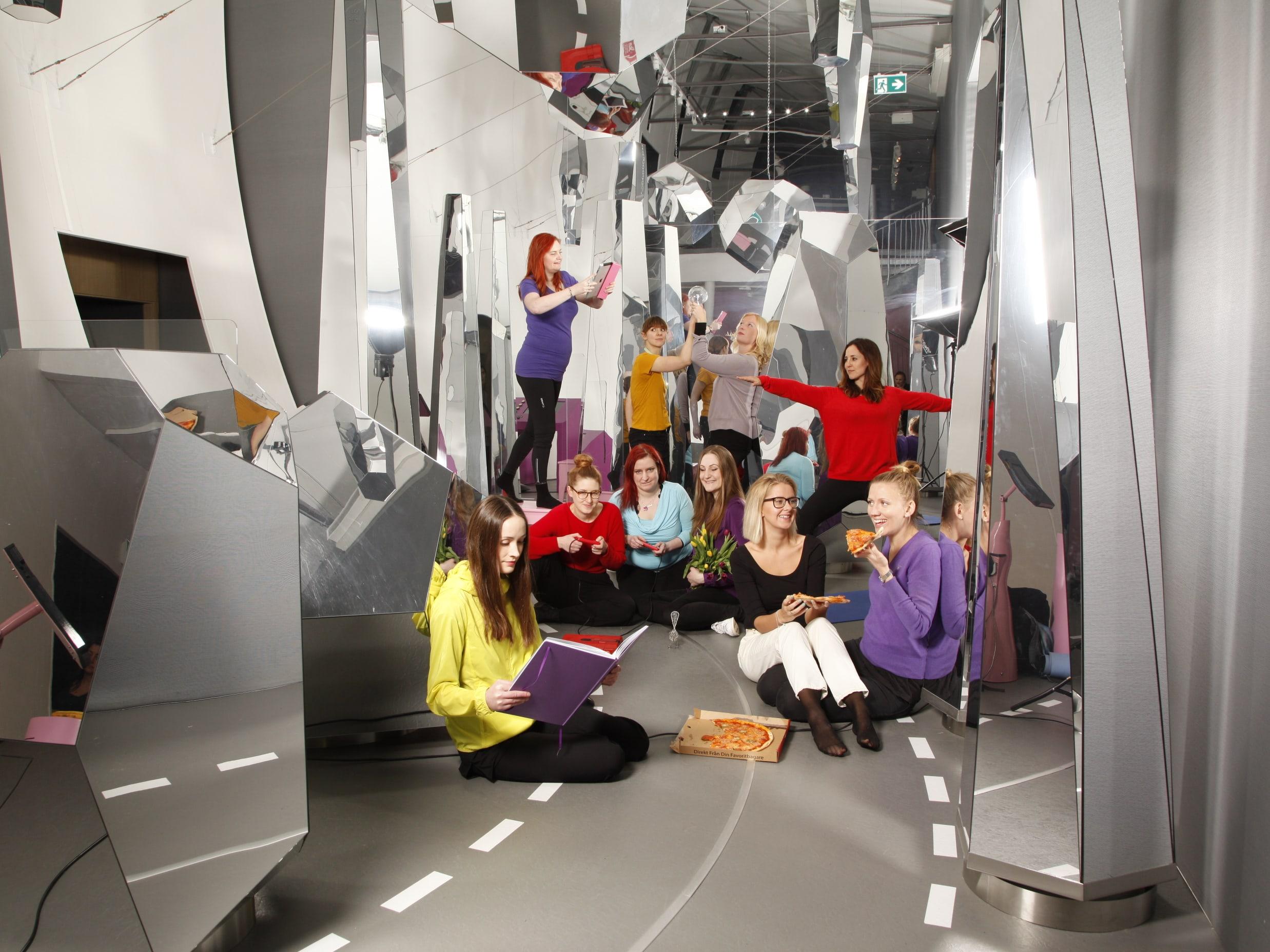 geek girl meetup stockholm Första geek girl meetup hölls i stockholm 2008 geek girl meetup öresund har haft regelbundna träffar sedan 2010 syftet är att skapa nya nätverk och lyfta.