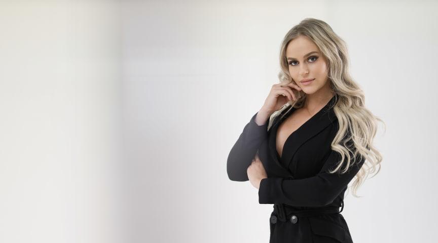 I fredags lanserade Sveriges största influencer, Anna Nyström, egna klädmärket Ryvelle