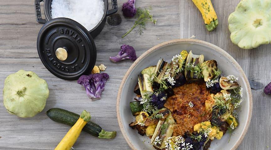 Wokade grönsaker med romescosås