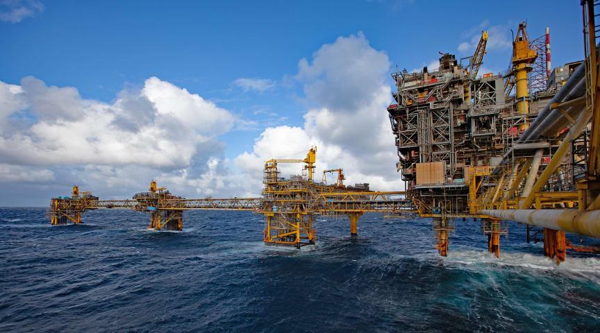 Genopbygningen af Tyra-feltet, en investering på 21 milliarder DKK, vil sænke CO2 udledningen med 30% sammenlignet med eksisterende installationer.