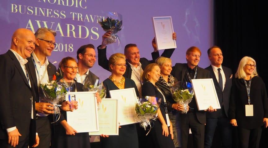 Clarion Hotel Helsinki samt Nordic Choice Hotels tog emot priserna på scen