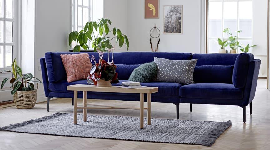 Fra farve- til materialevalg: Sådan finder du den helt rette sofa til hjemmets samlingspunkt