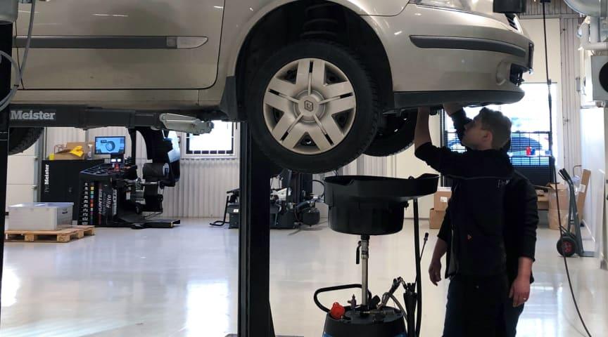 85 procent av deltagarna på rekryteringsutbildningen i Malmö är, i samband med avslutad utbildning, i sysselsättning på en etablerad bilservicekedja.