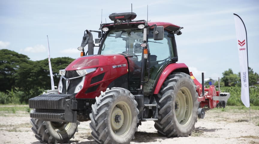 The Robot Tractor (YT5113A)