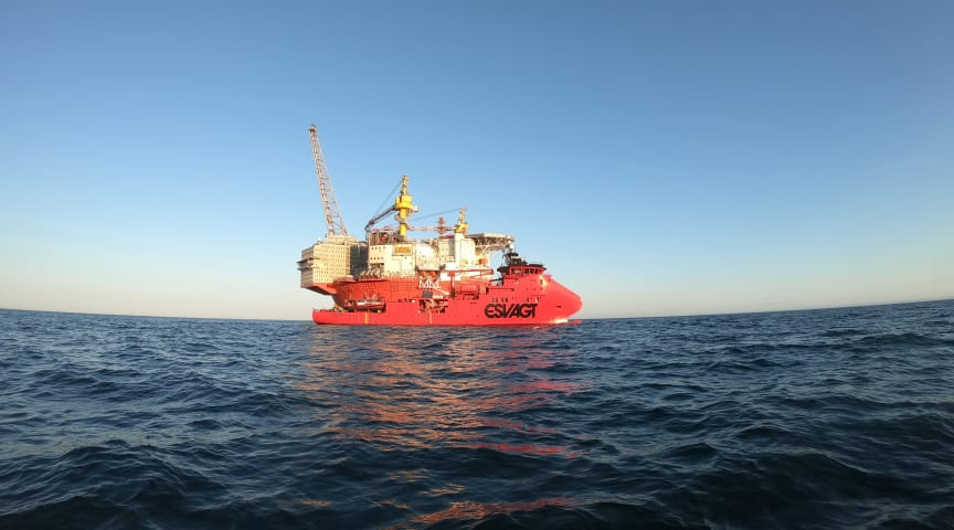 'Esvagt Dana' demonstrerede manøvredygtighed og smidighed i sin support til Vår Energi og SubseaPartners dykkeroperationer.
