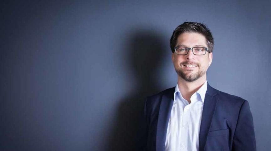 Digitalisierung bedeutet Innovation, Querdenken und das Zepter in die Hand zu nehmen – Interview mit Stefan Schütz