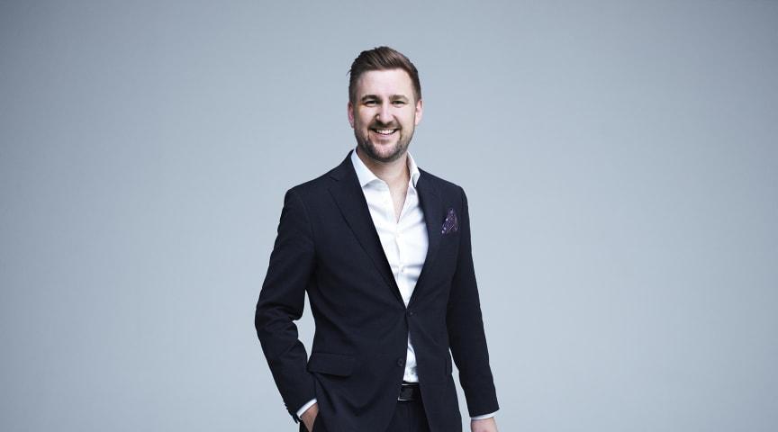 Daniel Høglund er programleder for Viaplay Sport Live.
