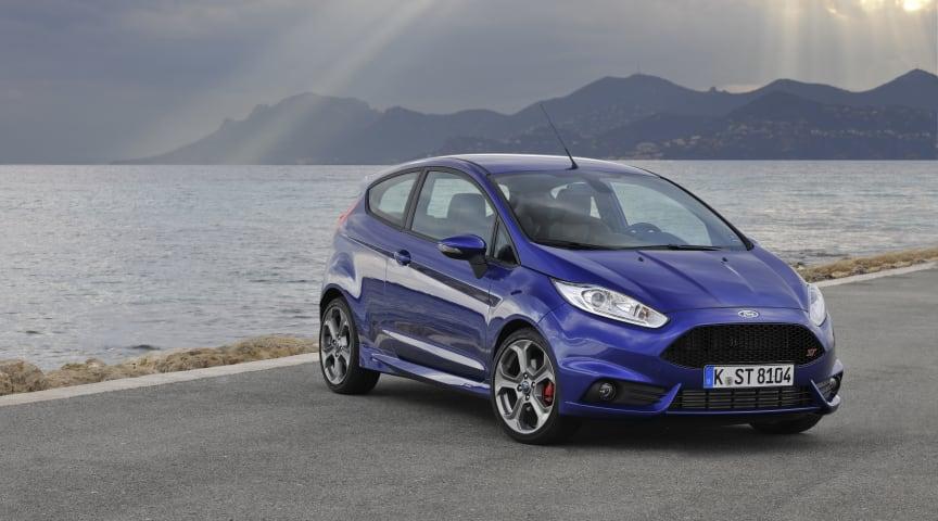 Ford Fiesta ST:n tilauksia kaksinkertainen määrä odotuksiin nähden − yhtiö lisää auton tuotantoa