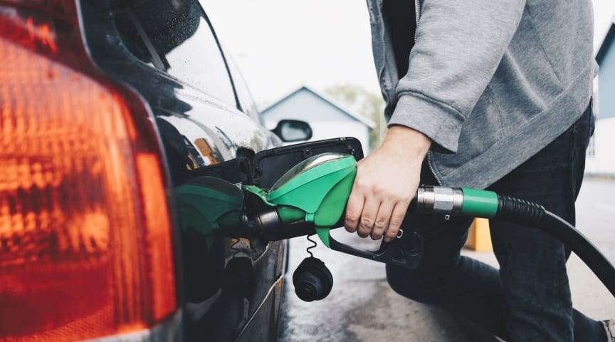 Pressure for retailers to reduce UK petrol and diesel prices at 'historic' levels