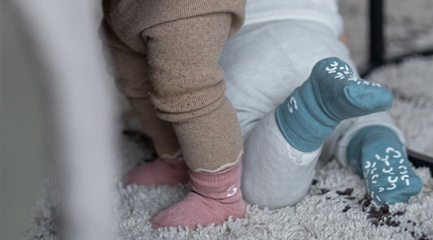 Babystrømpene som sitter godt på foten.