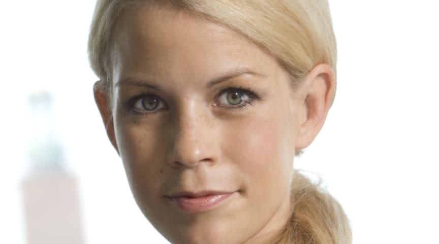 Anna König Jerlmyr (M): Allt färre hemlösa stockholmare på härbärgen