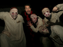 Jonathan Ross takes fright in Sussex Halloween Scream Park attraction