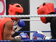 Met supports Sobell Boxing Club Exhibition
