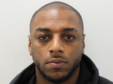 Croydon man jailed for firearms offences