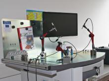 Labor für Maschinendynamik und lärmarme Konstruktion: Messplatz zur akustischen Materialprüfung